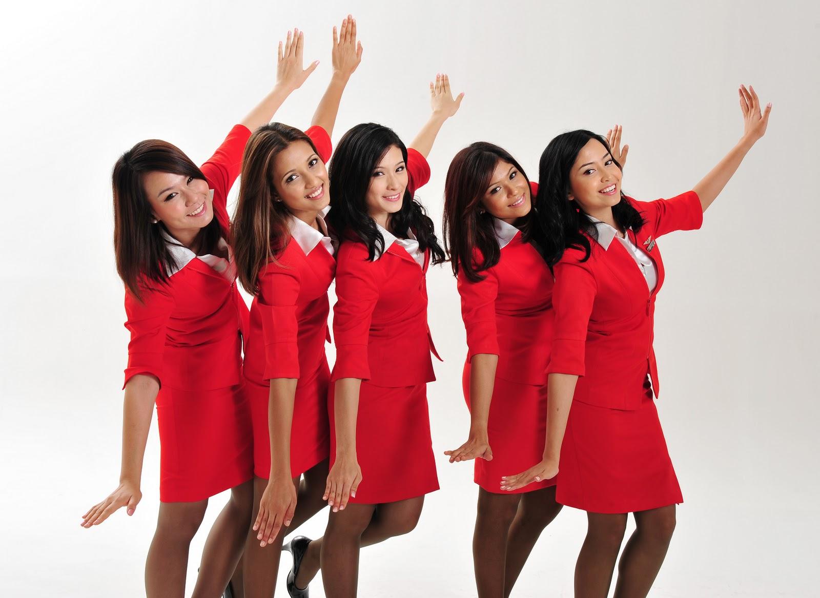Фото брюнетки стюардессы 18 фотография
